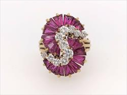 Amazing Quality Natural Ruby & Diamond Ring, 18k Yellow Gold